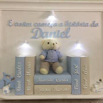 Quadro Urso com Livros Iluminado