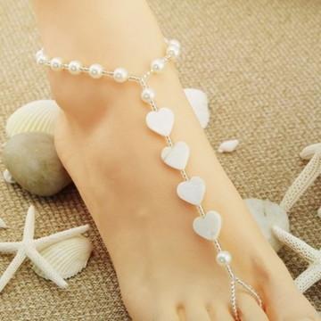 Sandália descalça coração de madrepérola