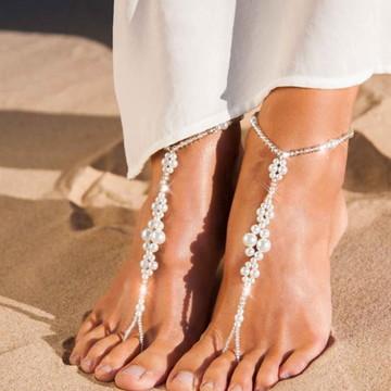 Sandália descalça cristais e pérolas