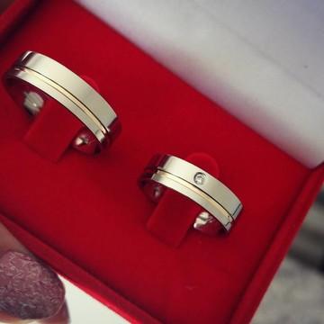 Par de Aliança Aço Inox 6mm Fio Ouro