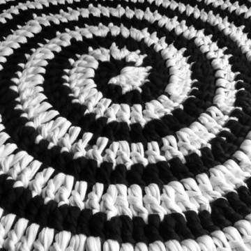 Tapete Espiral Contraste Crochê Malha