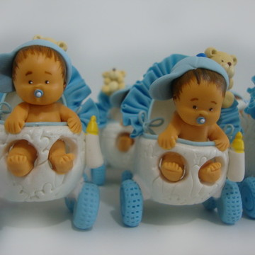 """""""Carrinho de bebê branco e azul"""""""