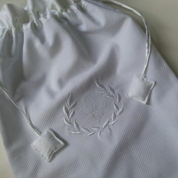 Saquinho para roupa suja do bebê