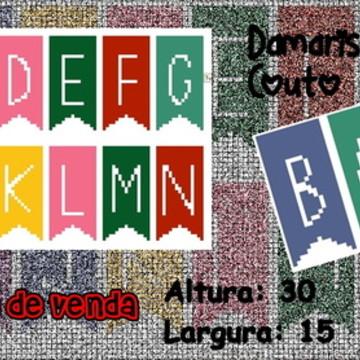 Monograma bandeirolas Coloridas