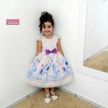 Vestido infantil estampa com unicórnios