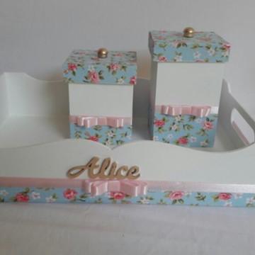 Kit higiene azul e rosa floral