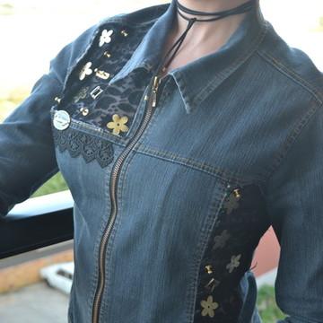 e3669efcb2 Jaqueta Jeans Customizada.