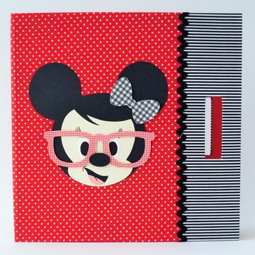 Caderno de Desenho Minnie nerd