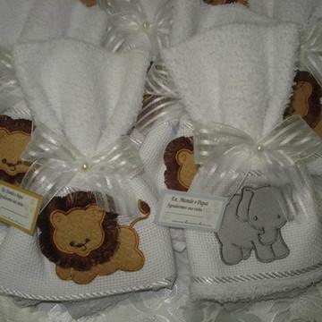 Lembrancinha maternidade, toalhinha safari