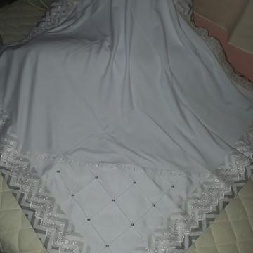 Manta Bebê em Malha Branca chevron cinza