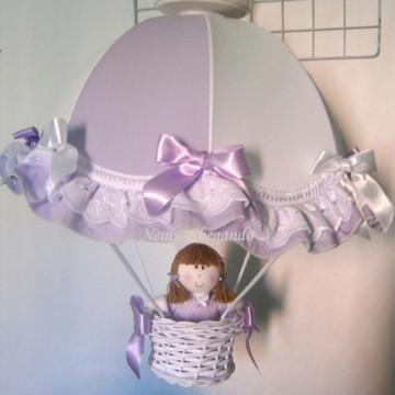 Lustre paraquedas pendente boneca