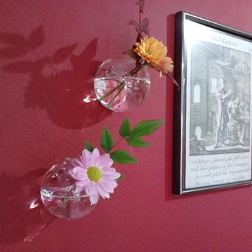 Conjunto de vasos para parede.