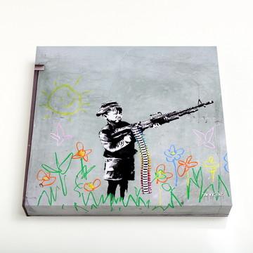 Quadro 16 Crayon Gun