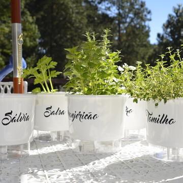 Vasos Autoirrigáveis Horta Jardim e Flor