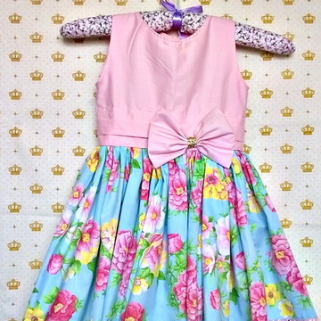 Vestidinho Infantil Floral e Rosa