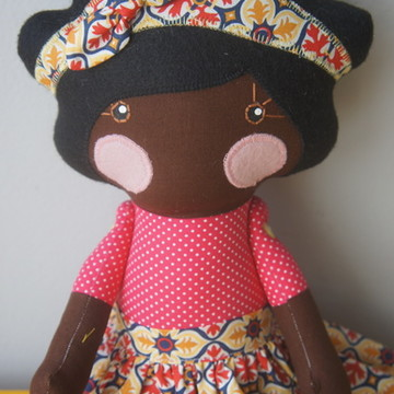 Boneca Serelepe Negra