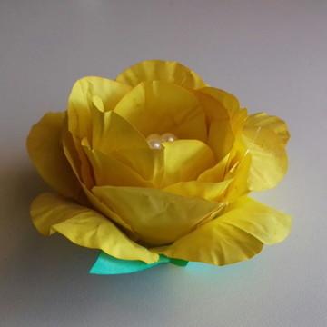 Forma de papel Rosa aberta