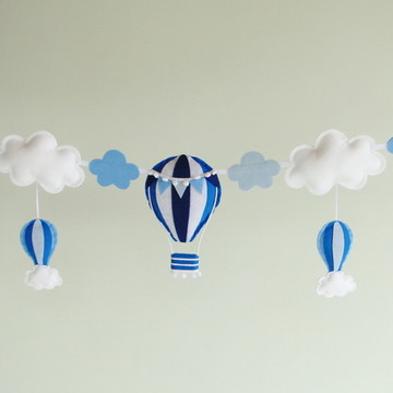 Varal 5 BALÕES e NUVENS Azul Feltro