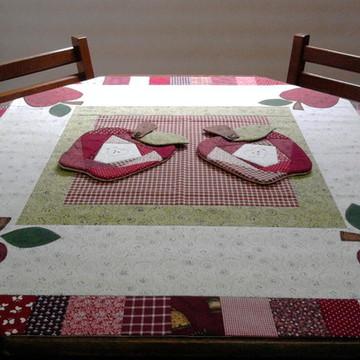 Toalha mesa maçãs