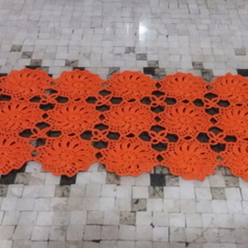 Caminho de mesa em croche com 1, 10 cm