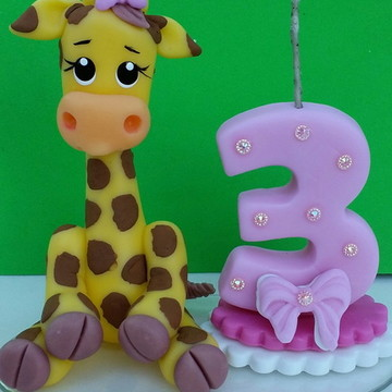 Topo de bolo Girafinha tema safari.