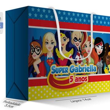 Caixa Surpresa Pequena - Super Hero Girl