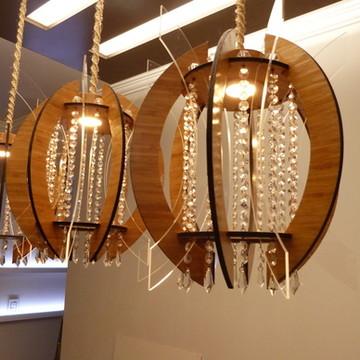 Luminária De Bambu com Cristais