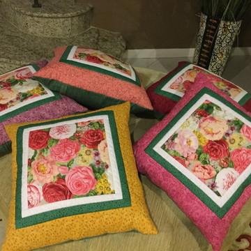 Almofadas florais