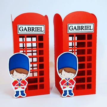 Cabine telefônica personalizada