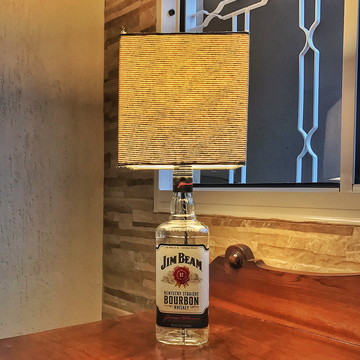 Abajur de garrafa Jim Beam