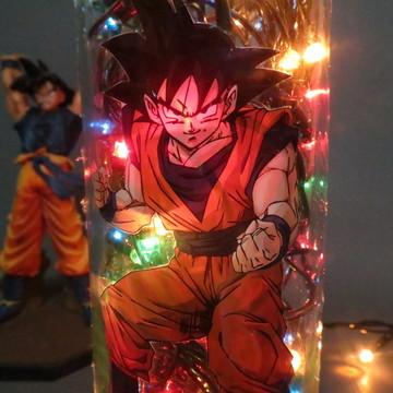 Luminária de garrafa Goku