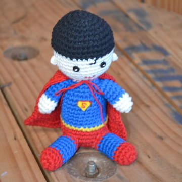 Super Homem em Crochê Amigurumi