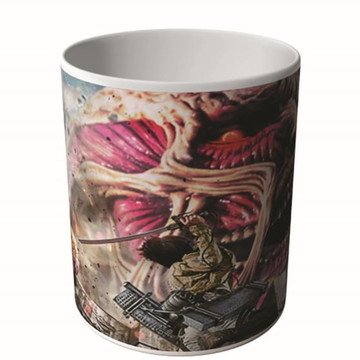 CANECA ATTACK ON TITAN 3-9785
