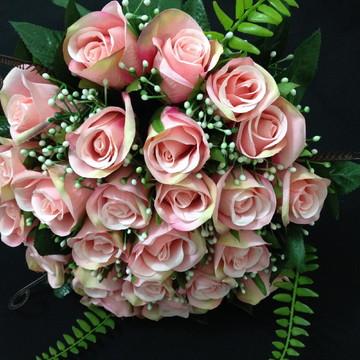 Buquê Roses SOB MEDIDA.