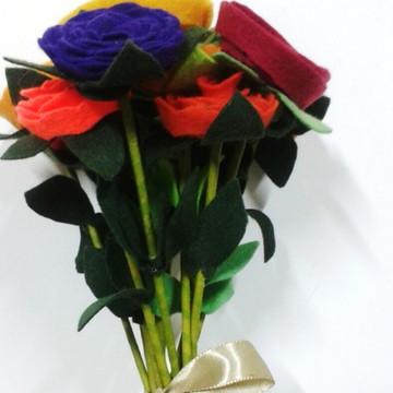 Bouquet de flores em feltro