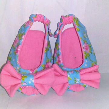 Sapato de bebê menina verão