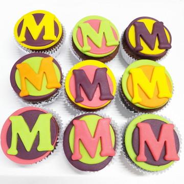 Mini cupcake Iniciais Neon