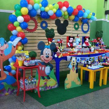 Mesa Decorada Casa do Mickey Locaçao