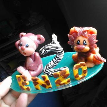 topo de bolo de vela safari