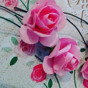 Mini flores de papel rosa