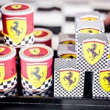 Caixa Cubo Ferrari