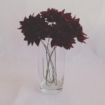 Flores de Feltro - Dálias Vinho