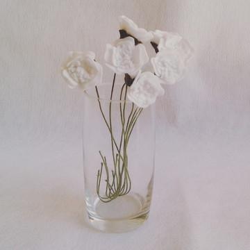 Flores de Feltro - Mini Anêmonas Brancas