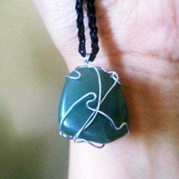 Colar hippie de Pedra Natural Quartzo Verde