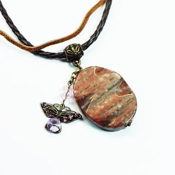 Colar Duas Voltas, Choker, com Pedra Obsidiana e Borboleta