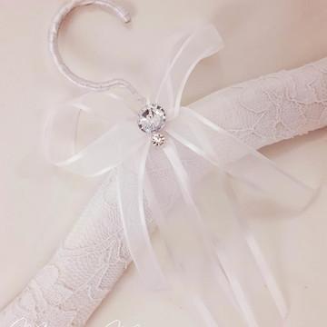 Cabide Vestido de Noiva - Renda e Strass