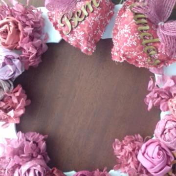 Guirlanda Boas Vindas com rosas.