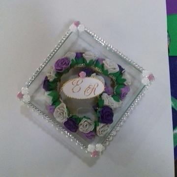 Arranjo de Cabeça para Noivas Em caixa de vidro personaliza