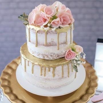 BOLO SEMI NAKED CAKE ESPATULADO