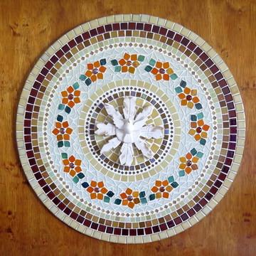 Mandala Divino Espírito Santo em mosaico 70